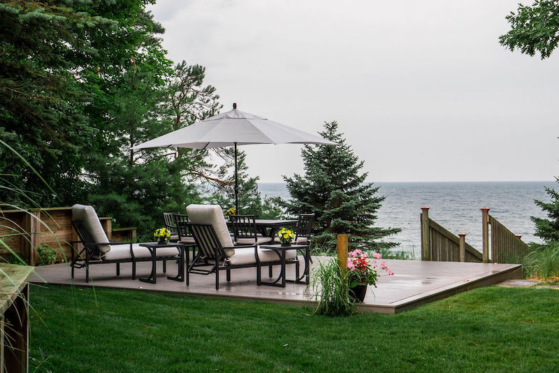 Dream Yard Helps Couple Enjoy Lake Michigan's Shoreline